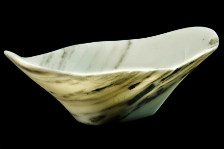 Adam proved to me that carving a bowl was even a viable proposition with unpredictable material.