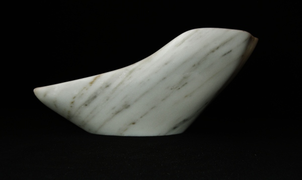 Robin, The Maiden Collection / Yule Marble / SN120701A / 16.25 x 12.5 x 7 inch / 14.2 lbs / Sold / photo: Martin Cooney