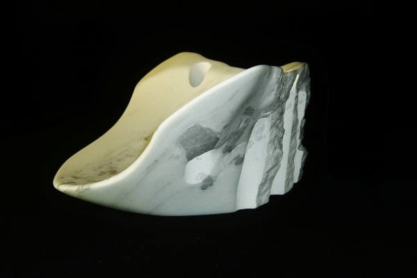Coliseum, The Maiden Collection / Yule Marble / SN120903 / 18.5 x 12.5 x 6.75 inch / 25.4 lbs / $2,500