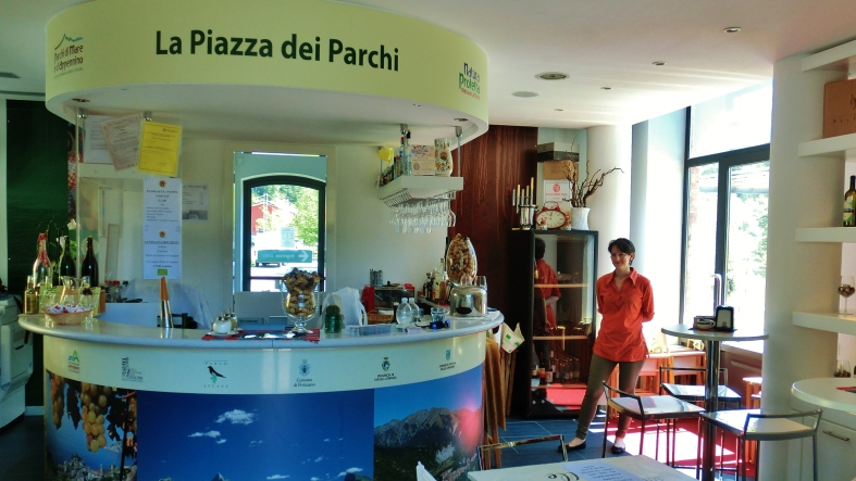La Piazza dei Parchi Information Center Along The North West Tuscan Way