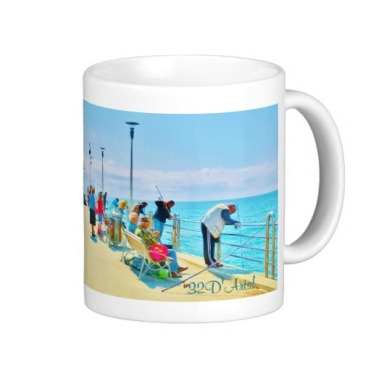 Forte dei Marmi Lunchtime Pier Crowd, Classic Mug, Right