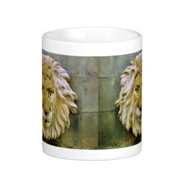 Lenny the Lion, of Massa, Classic Mug, Center