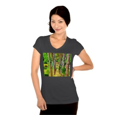 Long Straight Tree-lined Tuscan Driveway, Women, Bella Relax Fit Jersey VNeck, Black, Model