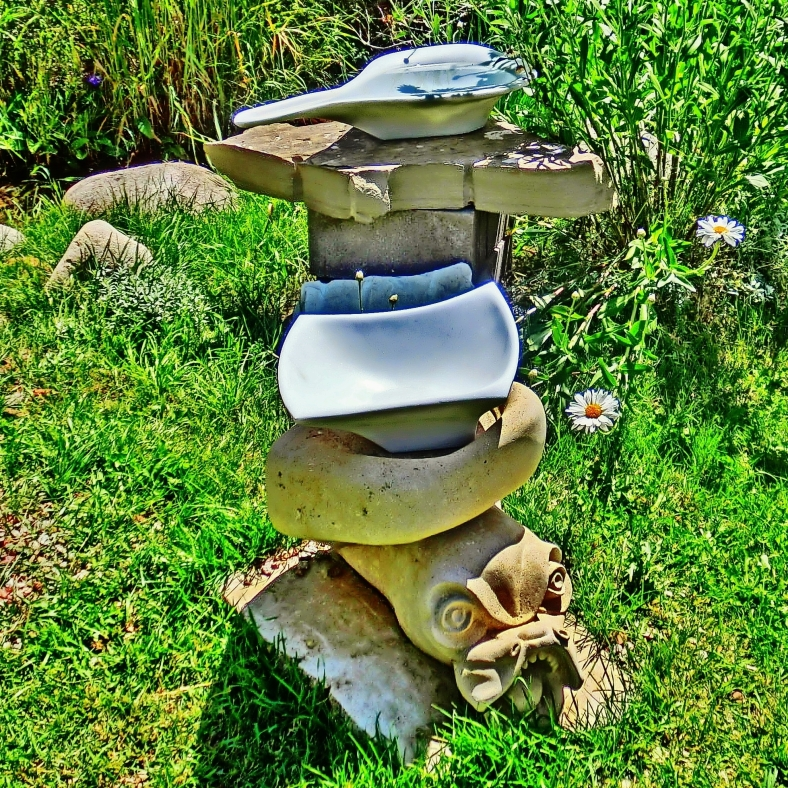 Stack O'Sculpture: Sea Monster, Four Corners, No Strings Attached