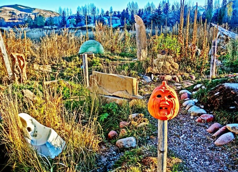 Screaming Pumpkin Head, Three Faces Standing Stone