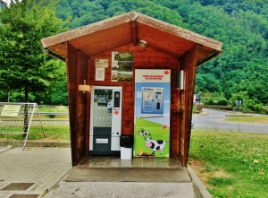 Fresh Local Milk Dispenser, Borgo a Mozzano, Tuscany