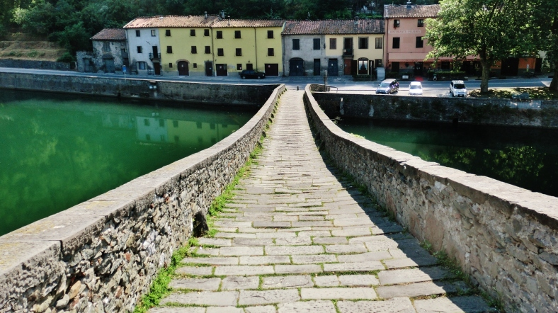 View Straight Down the Devil's Bridge,Borgo a Mozzano