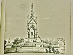 The Albert Memorial, early sixties, London, England, UK.