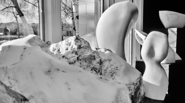 Top O' Th' World, The Belle, 1718 Winter Show, Colorado Yule Marble Sculpture by Martin Cooney, KMJ COONEY GALLERY, Aspen, Colorado