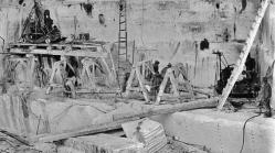 Yule Marble Quarry, quarrymen at work