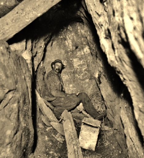 Miners, Geevor Tin Mine, underground exploration (2)