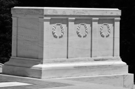Tomb of the Unknown Soldier, showing cracks