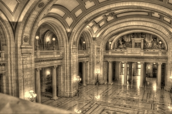 Yule Marble Applications, Cuyahoga County Court House, entrance hallway, Cleveland, Ohio