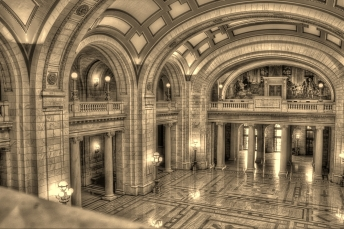 Yule Marble Applications, Cuyahoga County Court House, entrance hallway, Cleveland, Ohio