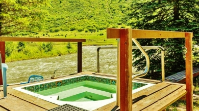 Waterfront Cabin with Shared Hot Springs 4, Redstone Colorado, Along the Aspen Marble Detour